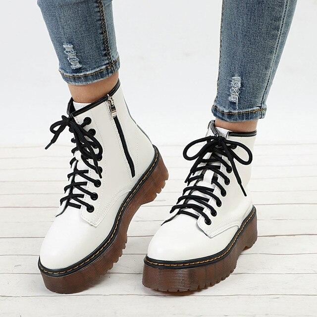 Kadın Sonbahar yarım çizmeler Rahat Dantel Up Düşük Topuklu Kadın platform ayakkabılar Bayanlar Gladyatör Kısa Botas Moda Dikiş Ayakkabı