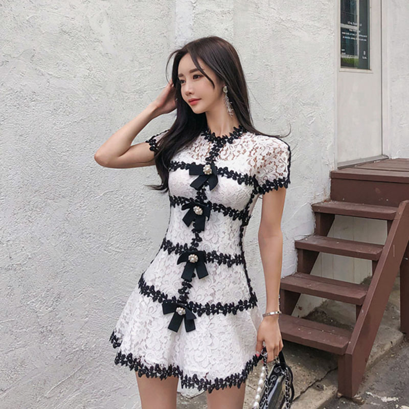 Summer 2009 New Fashion Celebrity Temperament Hollow Lace  A-shaped Dress With Sling