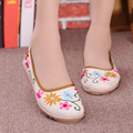 National Style Embroidered Shoes Spring Autumn Casual Ladies Hemp Breathable Flat Shoes Women Flats Loafers Slip On Shoes O2203