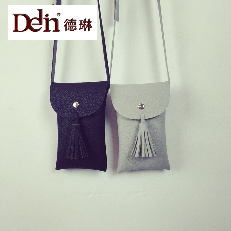 DELIN The explosion of the new spring and summer 2016 Taobao mobile phone bag vertical tassel casual Shoulder Bag Handbag small the new spring and summer 2016 hole
