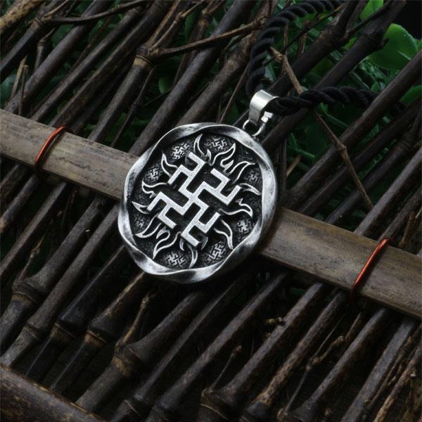 Prix pour 1 pcs Fougère Fleur pendentif Antique Slave Amulette symbole guerrier talisman pendentif nordique Occulte Païen bijoux Germanique hommes collier