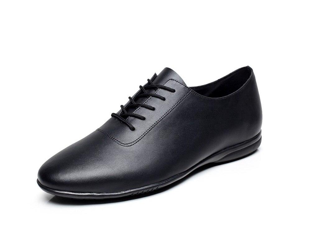 Cuir véritable personnalisé à la main hommes Latin chaussures de danse de salon talon plat mâle chaussures de danse moderne couleur noire VA20589