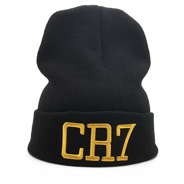 2004b29e95289 2018 new Solid color men women CR7 embroidered Knit Hat Winter Hats Skullies    Beanies Cristiano