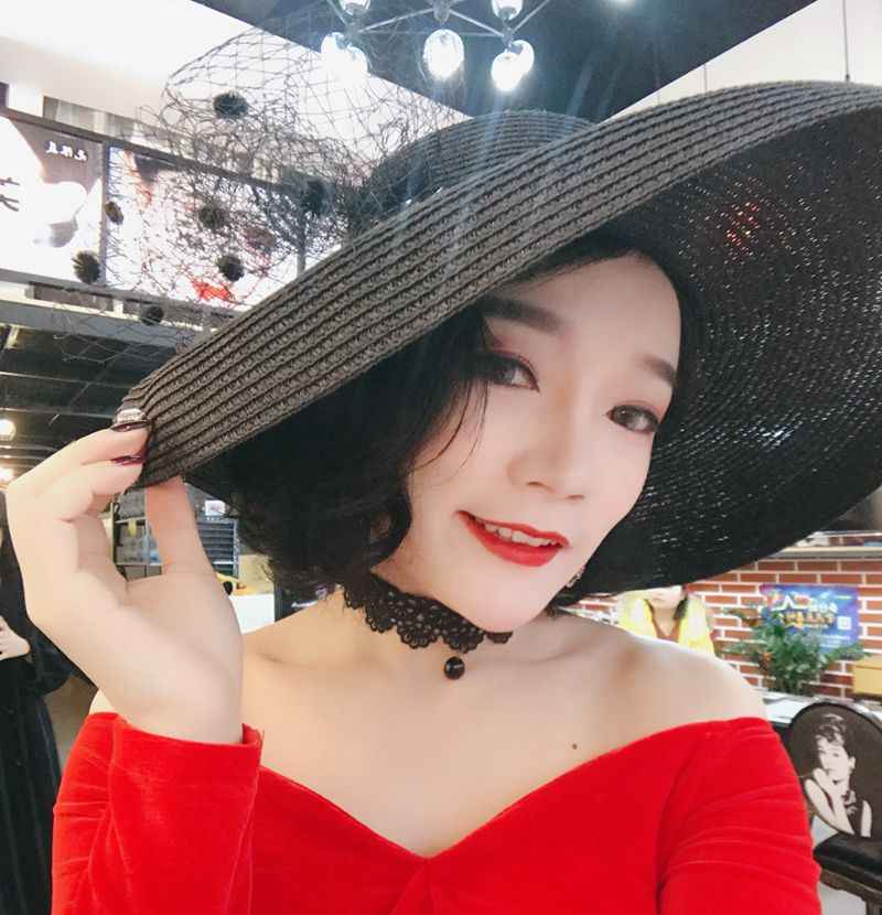 66a663ed ... Audrey Hepburn straw hat sunken modelling tool bell-shaped big brim hat  vintage high pretend ...
