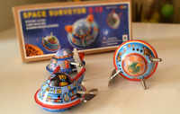 Clockwork classic retro tin toys Rare Clockwork spacecraft A set of three Collection