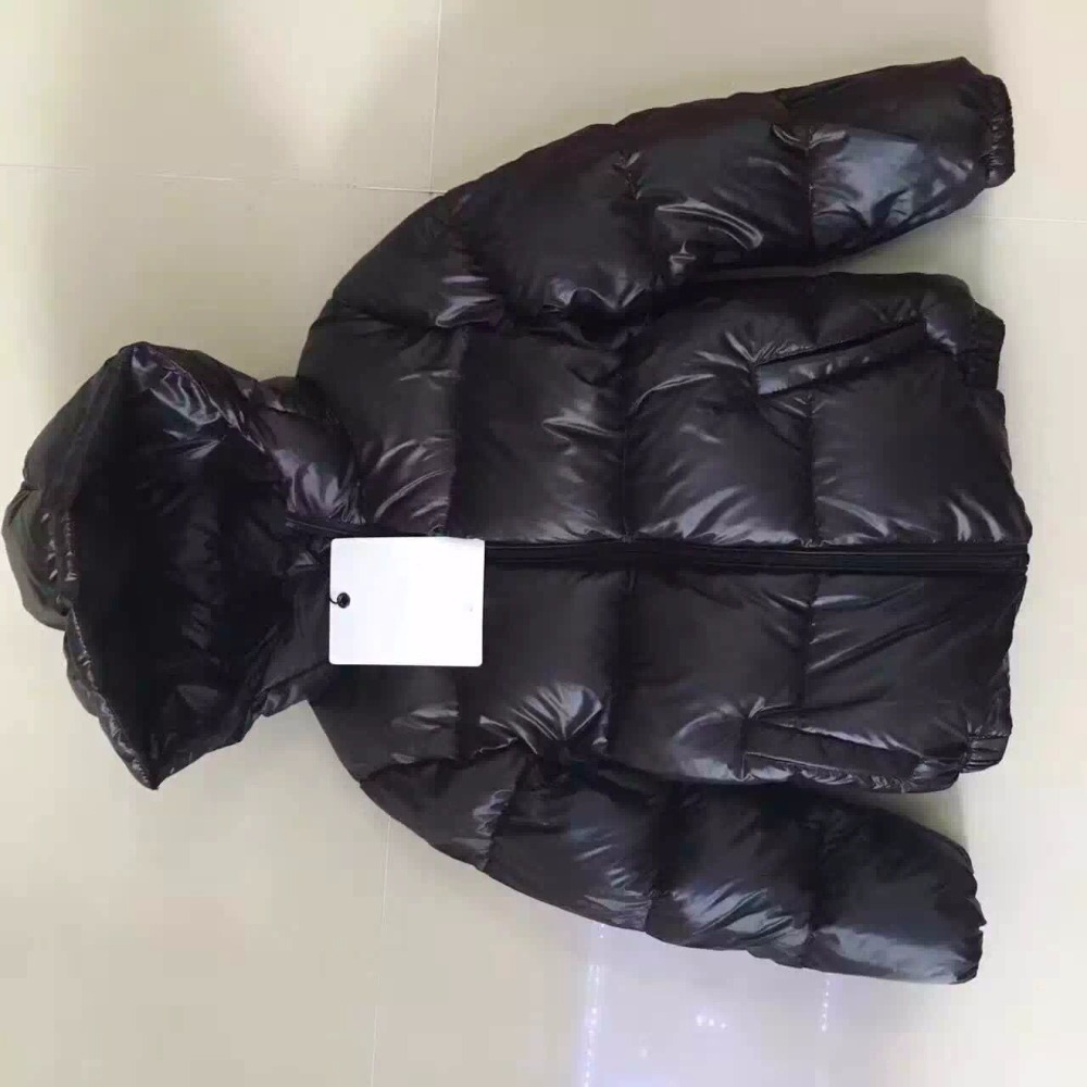 2017-date-2-under-ultra-light-baby-girl-duck-down-jacket-down-over-90-of-hot-spring-autumn-winter-coat-with-cap-kids-clothes-2