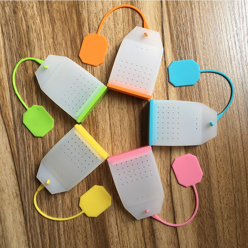 1PCS Hot Selling Bag Style Silicone Tea Strainer Herbal Spice Infuser Filter Diffuser Kitchen Coffee Tea Tools Random Color