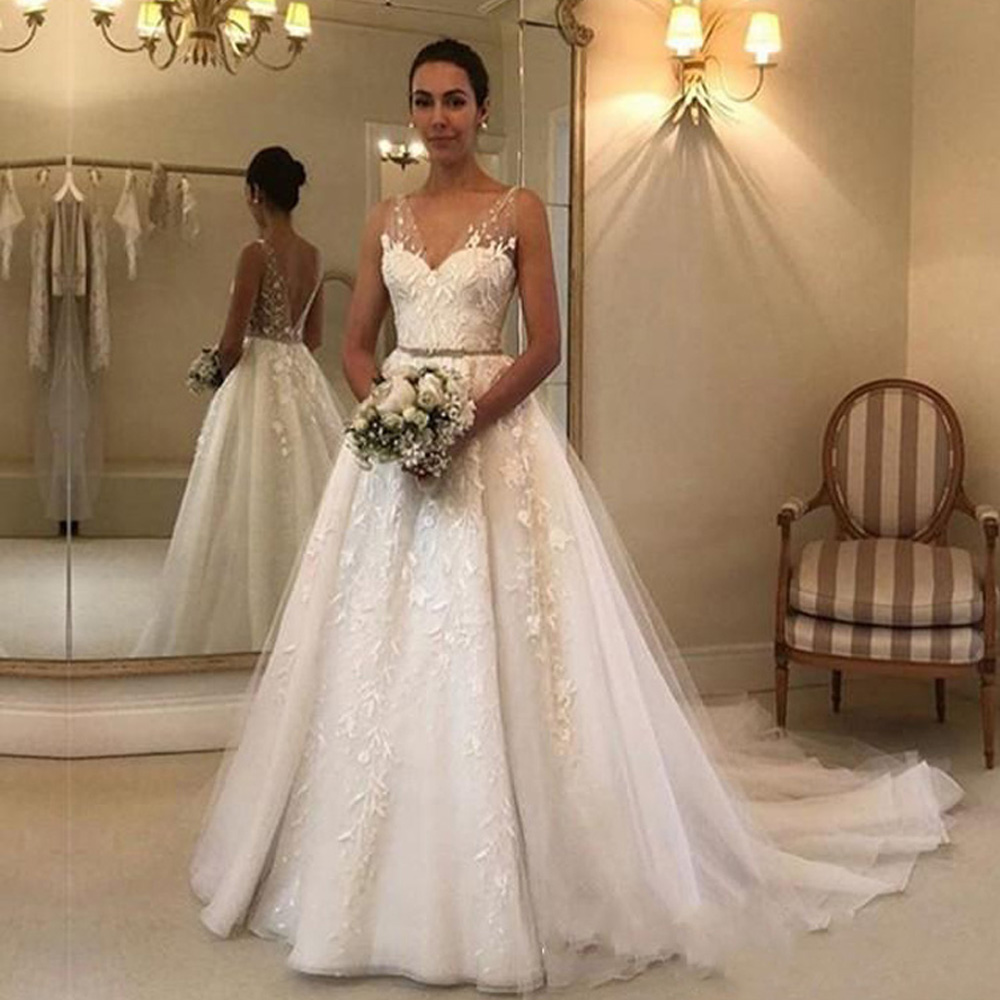 V Neck Wedding Dresses Lace Applique Floor Length Applique Open Back Sleeveless A Line Backless Bridal Dress Vestido De Noiva