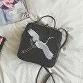 Marcas de diseño Bolsos de Hombro Retro de Las Mujeres Pequeño Mensajero Del Embrague 2017 Nuevas Damas Retro Bordado Bolsos Femeninos Bolso Crossbody
