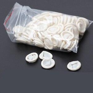 Image 4 - 50 יחידות חד פעמי אנטי סטטי גבה מיטות אצבע לטקס גומי כפפות מעשי פעמי ריס הארכת הארכת אביזרי כלי
