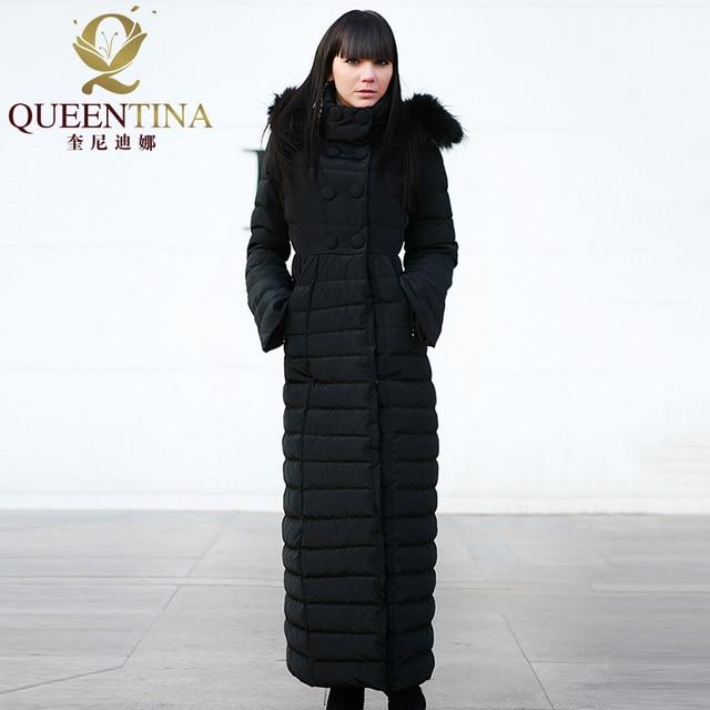 c246b7bbb5e Women Winter Down Coats Hooded 2018 New Luxury Real Raccoon Fur Hat Down  Jacket Coat Girls X