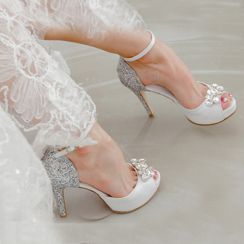 Popular Silver Sequined Wedding Dress Shoes Fashion Genuine Leather Peep Toe White High Heels Buckle Strap