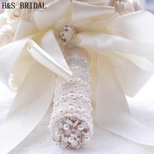 Image 4 - 8 สี Gorgeous ดอกไม้งานแต่งงานเจ้าสาวประดิษฐ์ Wedding Bouquet คริสตัลประกายไข่มุก 2020 Buque de noiva