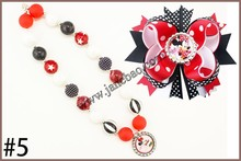 free shipping 10set Cartoon princess chunky bubblegum kids necklace  and character hair bows 4.5 girl hair clips