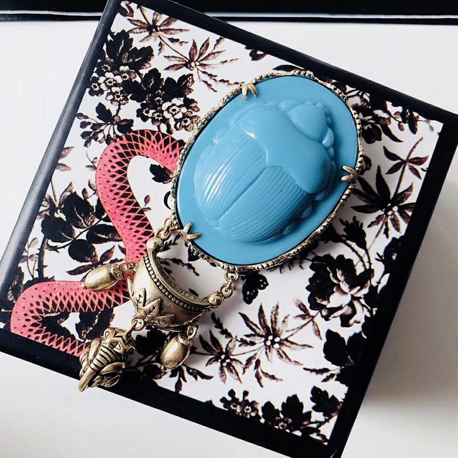 2019 Hot Fashion Vintage Brooch Charms Luxury Brand Beatle Brooch Jewelry For Women Party Wedding Daily Designer Bijoux