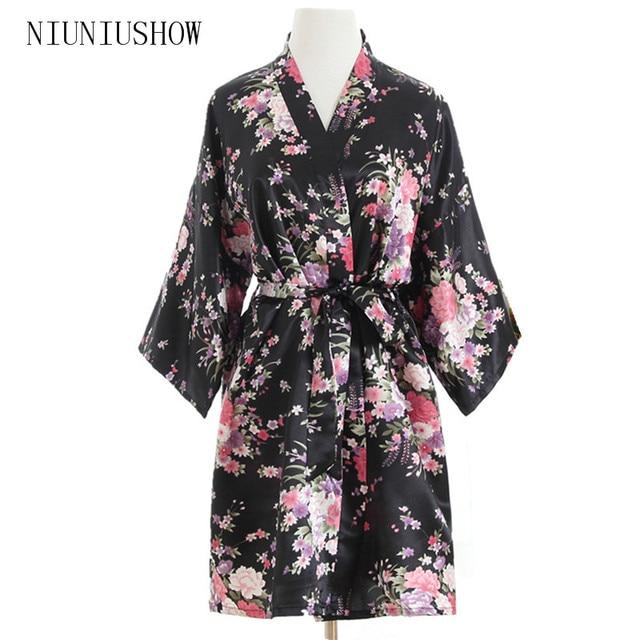e240ad46e6 New Black Wedding Bride Bridesmaid Robe Floral Bathrobe Short Kimono Night  Robe Fashion Dressing Gown For Women One Size T81