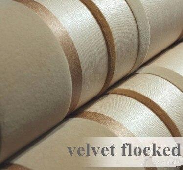 Papier peint moderne or et marron 3D texturé registre de couleur velours floqué rayures verticales fond