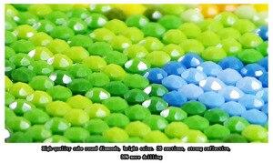 Image 5 - QIANZEHUI, FAI DA TE Diamante Ricamo, Diamante Rotondo Verde Pavone portico Pieno di strass 5D Diamante pittura a punto croce, ricamo