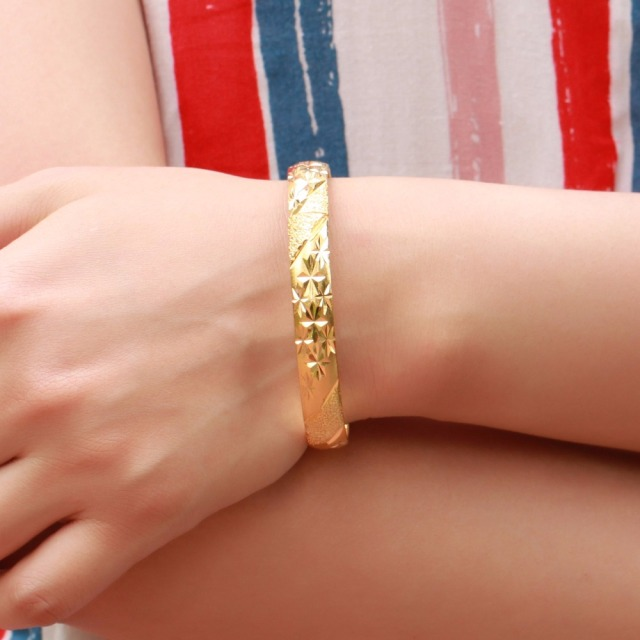 Fate Love New Fashion Elegant Bridal Bracelets Gold Color Flower Pattern Cuff Bangel 7mm Bracelet Woman Accessory Jewelry FL764 1