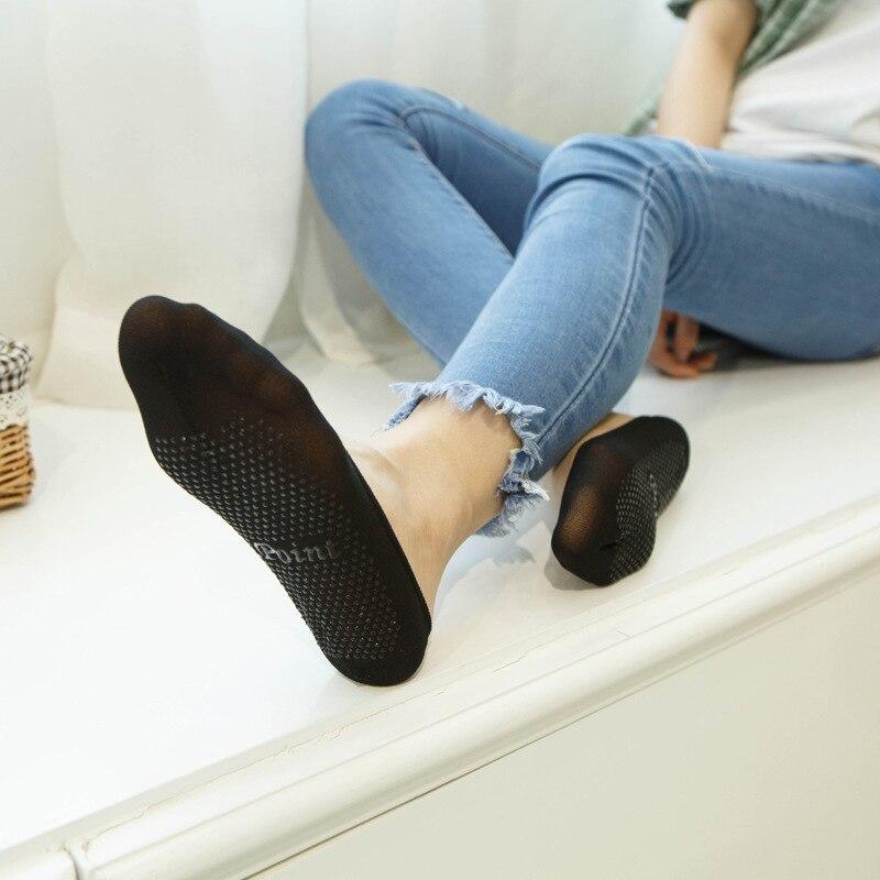 потные носки у девушки - 10