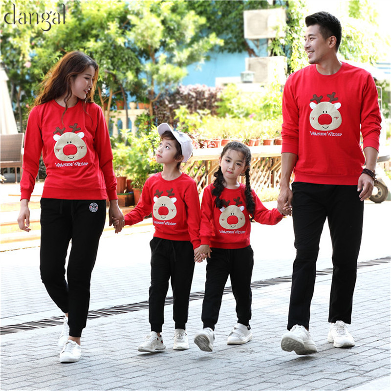 Matching Family Christmas Sweate Cute Deer Red White T shirt with Wool Korean Couple Clothes Matching Family Winter Warm Tick