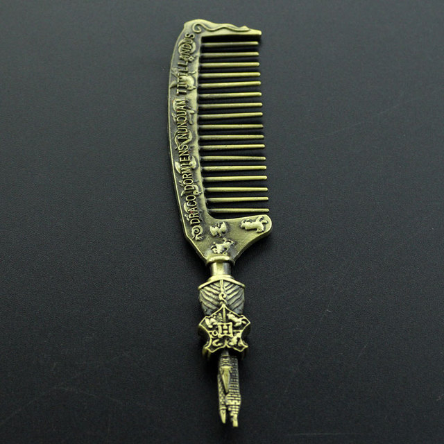 Magic School Hogwarts Comb...