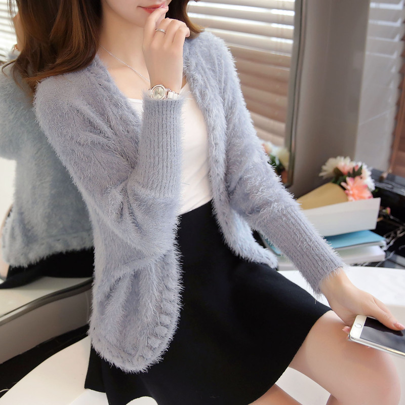 2016 New fashion Autumn Women Short Style Mohair sweater V neck Bat Sleeve  Thick Warm knitted sweater ladies  Cardigan knitwear-in Cardigans from  Women s ... 60dbe4fee