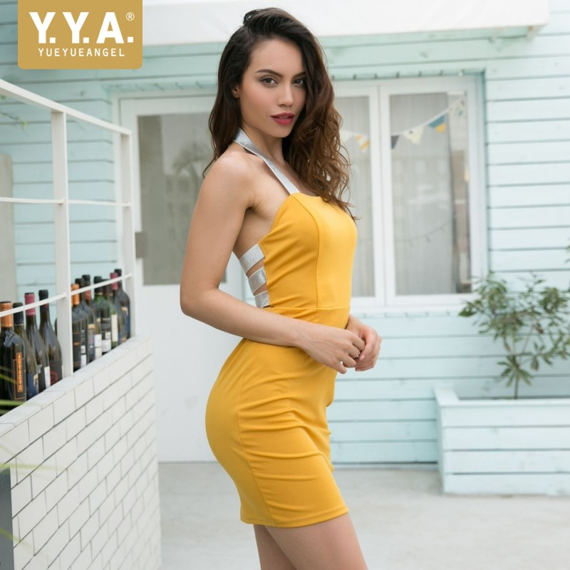 2019 Summer New Sexy Halter Backless Dress Patchwork Sequined Wrap Dress Yellow Red Pink Casual Sleeveless Bodycon Short Dress