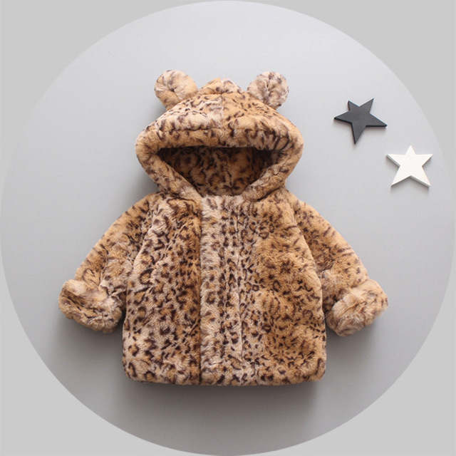 New Fashion Female Baby with A Thick Coat and A Warm Comfortable Soft Winter Jacket Free Shipping