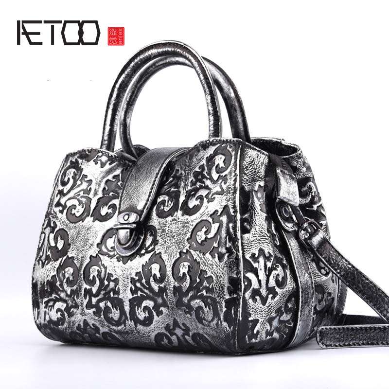 AETOO Hand-wiped retro lady hand-held dumplings wrapped in the first layer of leather zipper buckle fashion shoulder diagonal pa the little old lady in saint tropez