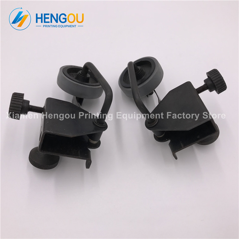 1 Pair China post free shipping man roland printing spare parts paper wheel free shipping roland sp540 encoder strip sensor