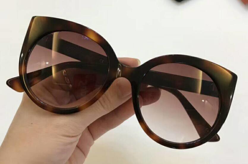 Retro Sonnenbrille Rot Für Weibliche mehrfach schwarzes Marke Rahmen Luxus 2018 Frauen Oculos Italien rot Männer Grün freier Raum Lkk Grün Katzenauge Designer qzCIfw