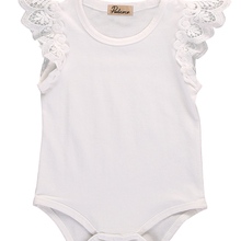Хлопковый джемпер без рукавов с кружевным плечом для новорожденных девочек, ползунки детский комбинезон, летняя одежда
