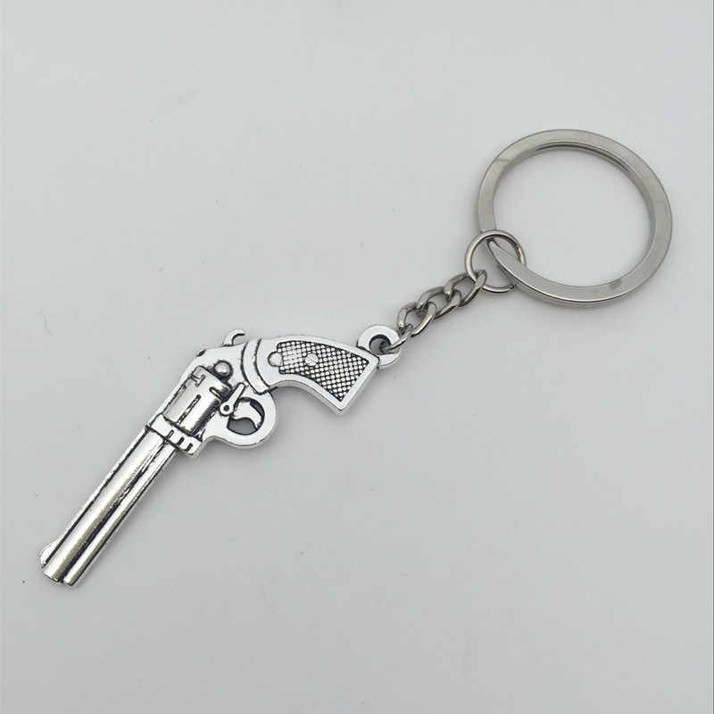 1Pcs Gun KeyChains Ring Weapon Model Metal Key Chain Pendant