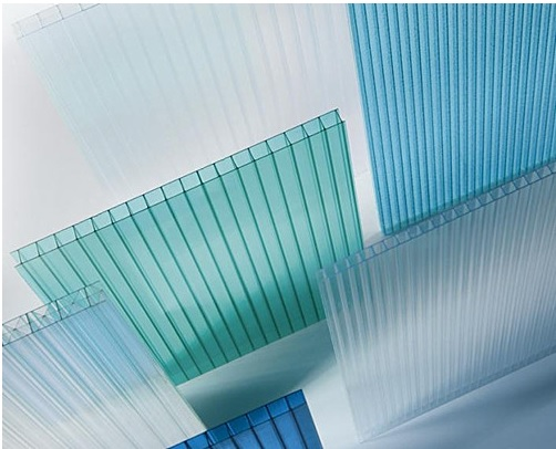 Pack Of 100 Sq Meters 10mm TwinWall UV Protection Double Layered Configurations Multiwall Polycarbonate Sheet