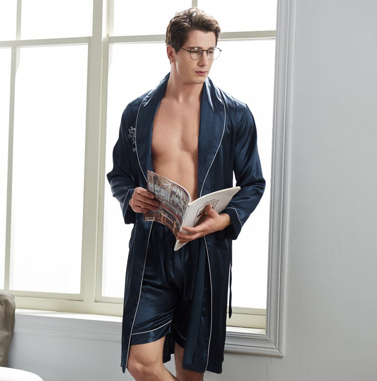 Luxury Soft and Smooth Long sleeved Shorts Silk Bathrobe Set For Men Spring Autumn New Loose