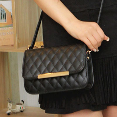 Women messenger bags 2015 new Quilted iron side shoulder bag ...