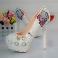 EU35-45 Плюс Размер Высокие Каблуки Мультфильм Hello Kitty Стразы Свадебные Туфли Женщина Белый Жемчуг Бисера Свадебные Пром Насосы
