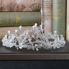 Snuoy Pearl Flower Bridal Crowns and Tiaras Headpiece Wedding Hair Accessories Luxury Floral Wedding Tiara Crown Head Jewelry