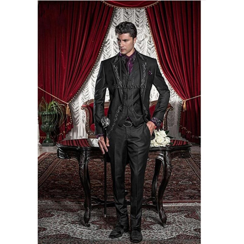 New Style Black Embroidery Groom Tuxedos Groomsmen Mens Wedding Prom Suits Bridegroom Men Suit 2020 (Jacket+Pants+Vest+Tie)