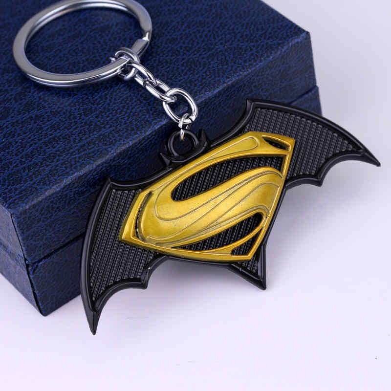 Batman V Superman Chaveiro Moda Jóias Pingente Chaveiros Personalizados Casuais para Homem Mulher Suporte Chave Do Carro Chaveiro
