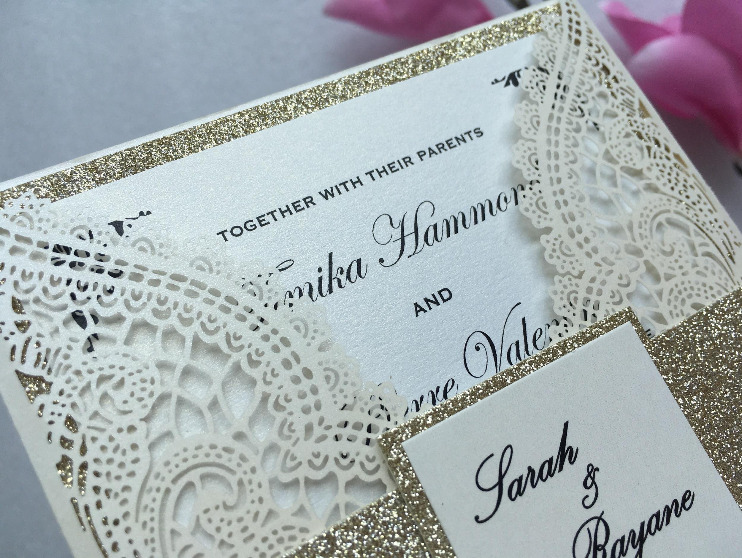 Ev ve Bahçe'ten Kartlar ve Davetiyeler'de Özelleştirilmiş Fildişi Lazer Kesim Düğün Davetiye Kartı, Zarif Evlilik Davetiye Kartları Bant Ile, 100 ADET, ekspres Kargo'da  Grup 3