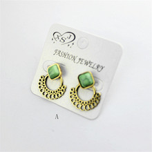 The new popular selling Bohemian girl's birthday party is dismountable earrings wholesale women to restore ancient ways stud ear(China)