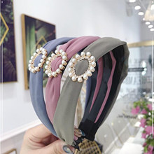 New Fashion Flesh Style Hair Accessories Pearl Rhinestone Hairband Girls Women Elastic Hair Band Headwear Summer(China)