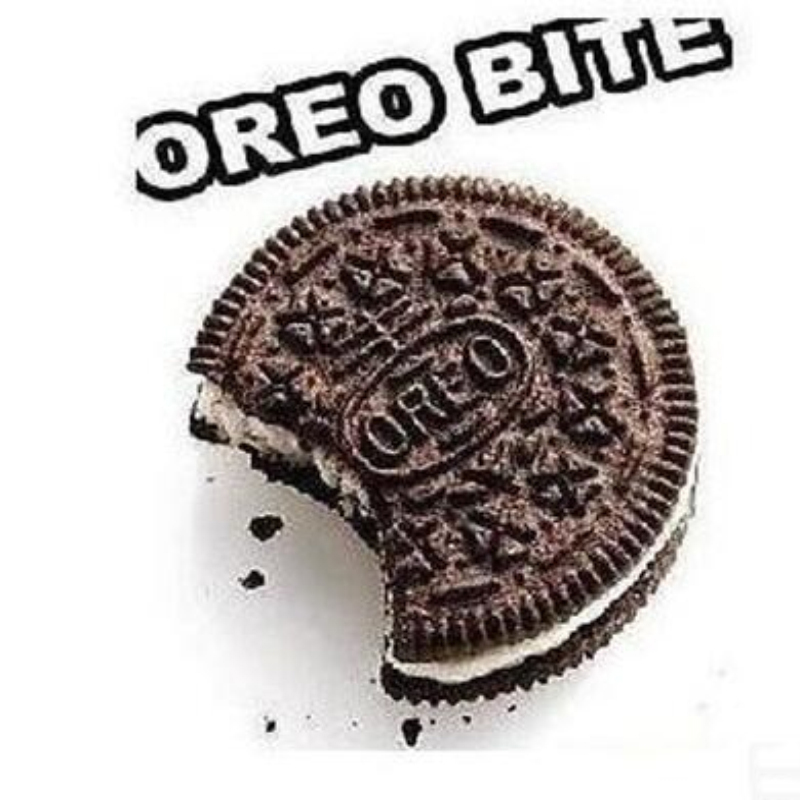 High quality restored CYRIL-OREO Bite Cookie restore Cookie Surprise close-up magic tricks magic toys close-up
