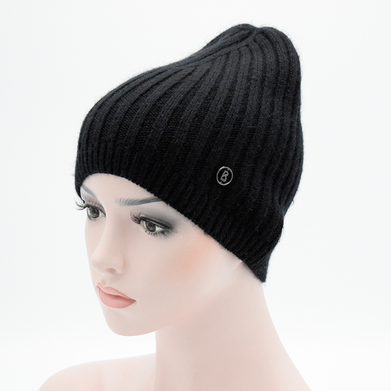 2017 Autumn And Winter Womens Beanie Brand Female Knitted Hat solid Skullies Cap Ladies Wool Hats For Women Beanies skullies hot sale female tide leather braids knitted cap autumn and winter women s curling ear warmers headgear 1866784