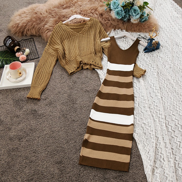 2018 Autumn Winter New Women Loose Long Sleeve V Collar Sweater Spinning Stripes Medium Dress Knitting Two Piece Set Female Suit