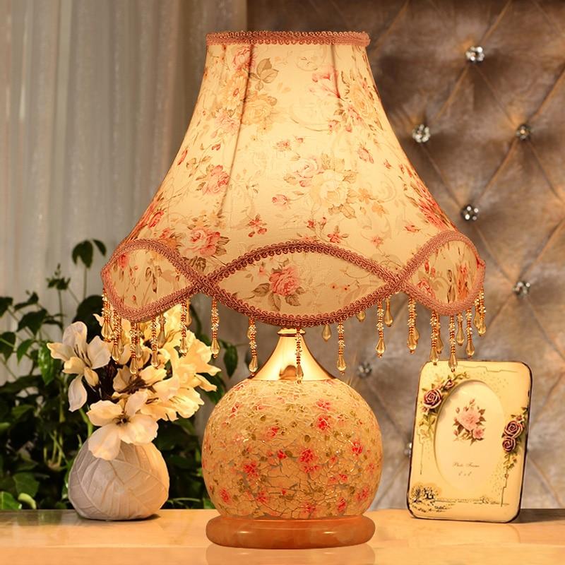 ФОТО Romantic Wedding Gift Bedside LED Table Lamps Village Luxury Floral Glass Desk Lamp Living Room Bedroom Decor Lighting E27