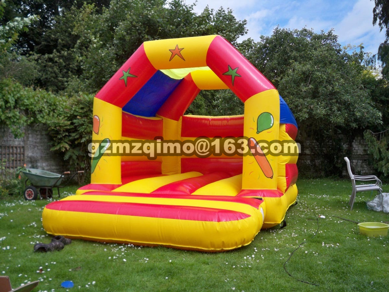 New Design Bouncy Castle Inflatable Bouncer With Inflatable Slide Area To Play And Blower Bounce House Bouncer giant super dual slide combo bounce house bouncy castle nylon inflatable castle jumper bouncer for home used