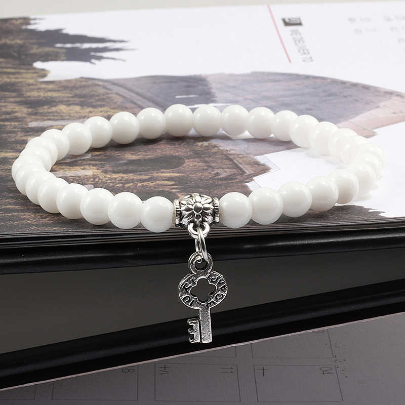 Модные 6 мм белые черные матовые браслеты из бисера эластичные браслеты браслет для женщин Femme Lucky Key кулон мужские браслеты из бисера ювелирные изделия